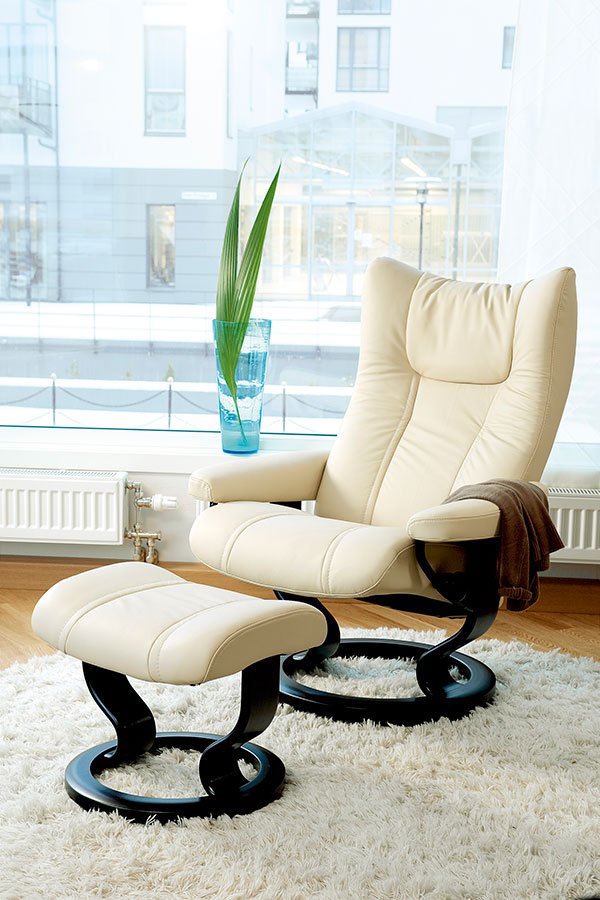 Stressless Wing gallery 4 thumb  sc 1 st  Ekornes & Stressless Wing | Leather Recliner Chairs islam-shia.org